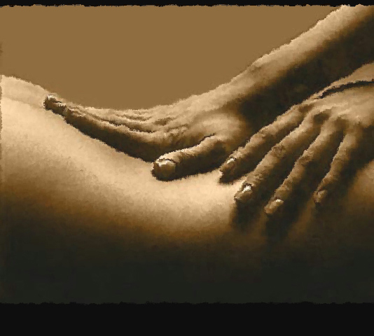 performing-a-yoni-massage-on-a-woman
